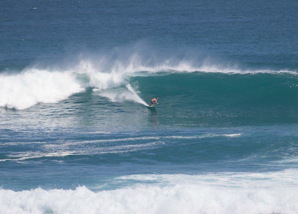 ululwatu surf bombie